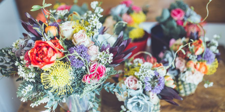 Buying flowers online? Read these tips first.