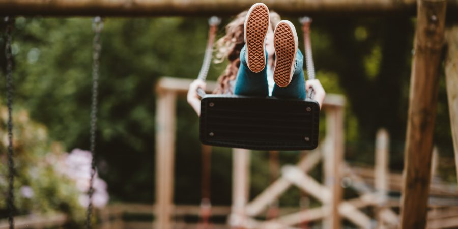 5 tips for visiting playgrounds safely