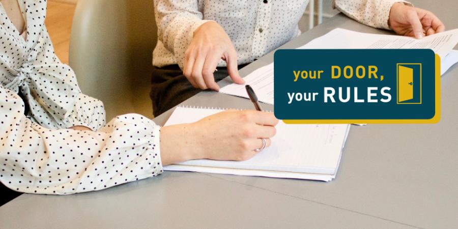 Door-to-door sales: what needs to be in your contract